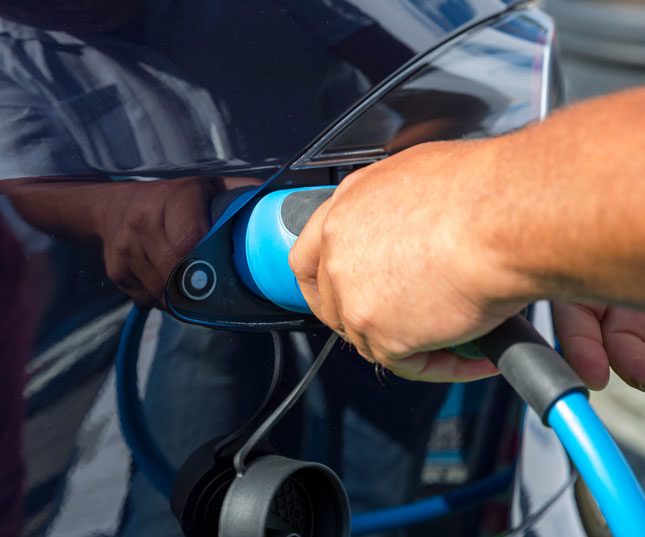 More Charging Ports Coming to the UK for Electric Cars