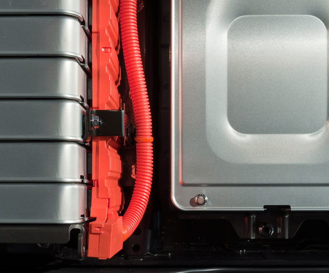 New Battery Usage Scheme Brings Down Costs for Electric Car Owners